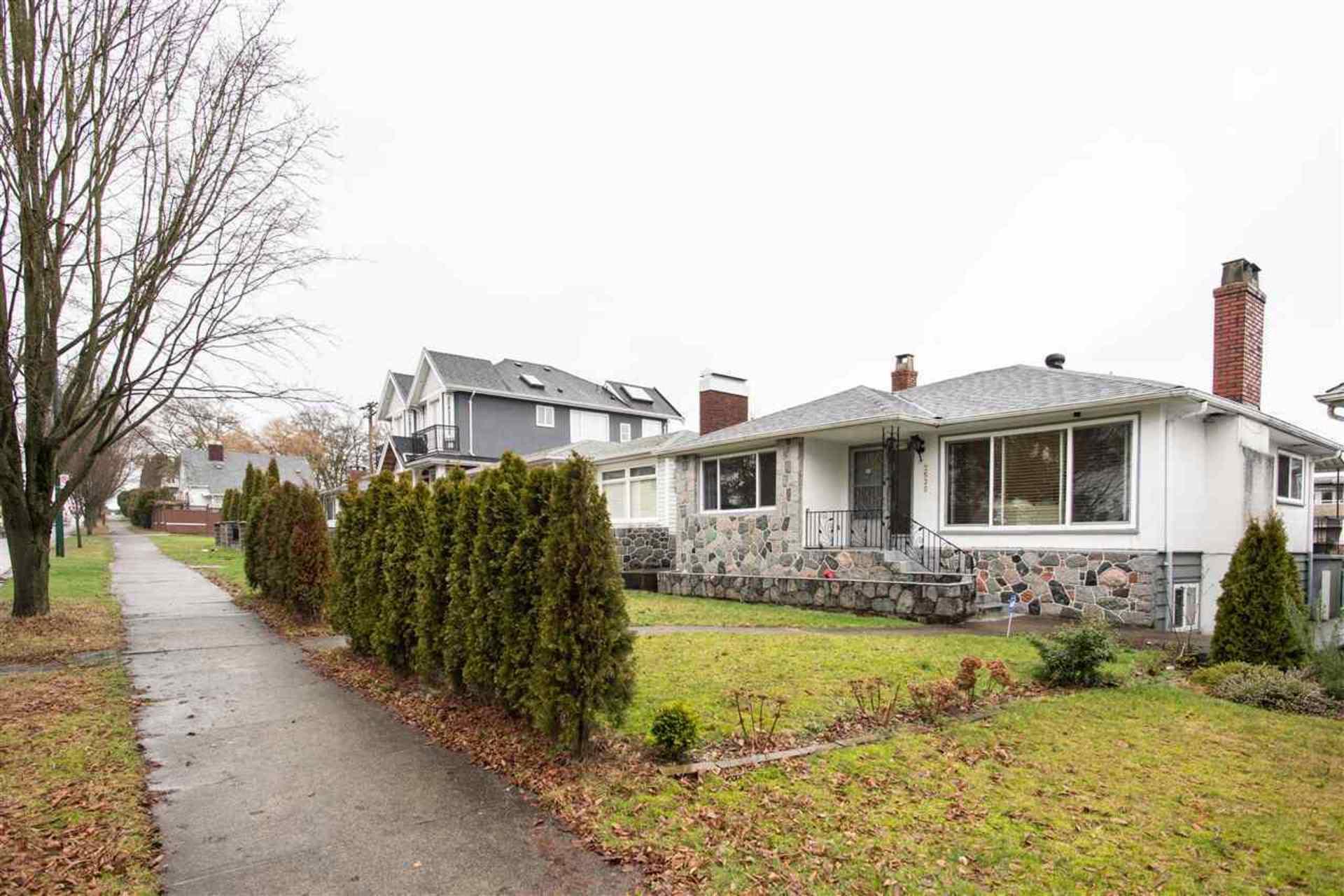2535 E 1st Avenue, Renfrew VE, Vancouver East