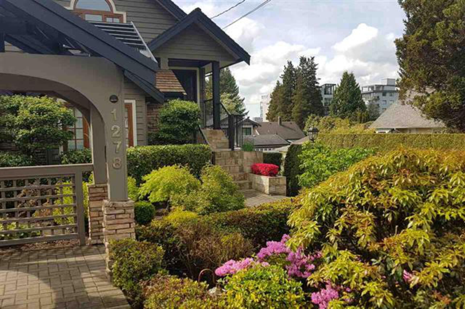 1278 Duchess Avenue, Ambleside, West Vancouver