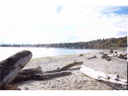 at 202 - 2589 Penrhyn St, Cadboro Bay, Saanich East
