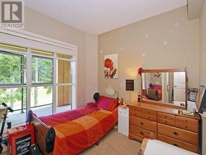 3295939_10831498_lg at 609 - 1400 Lynburne Place, Langford Proper, Langford