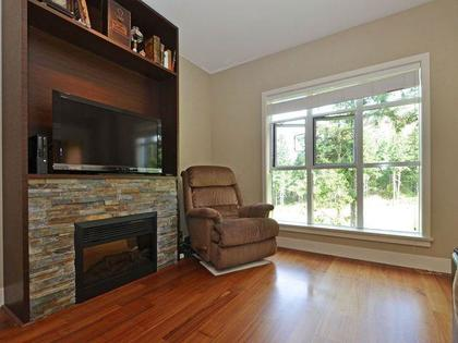 640 (4) at 609 - 1400 Lynburne Place, Langford Proper, Langford