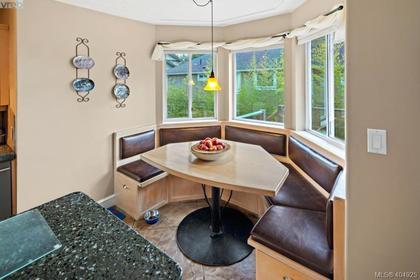 2614-millstone-drive-la-florence-lake-langford-09 at 2614 Millstone Drive, Florence Lake, Langford