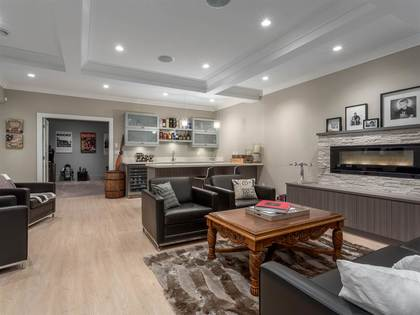 15 at 4548 Marineview, Forest Hills NV, North Vancouver
