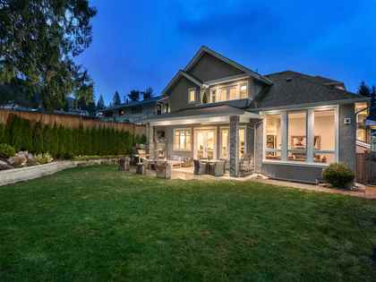 19 at 4548 Marineview, Forest Hills NV, North Vancouver
