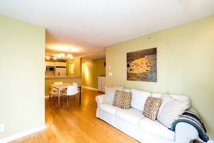 137w17-13 at 604 - 137 West 17th Street, Central Lonsdale, North Vancouver