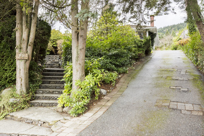 95-bonnymuir-drive-west-vancouver-360hometours-32s at 95 -  Bonnymuir Drive, Glenmore, West Vancouver