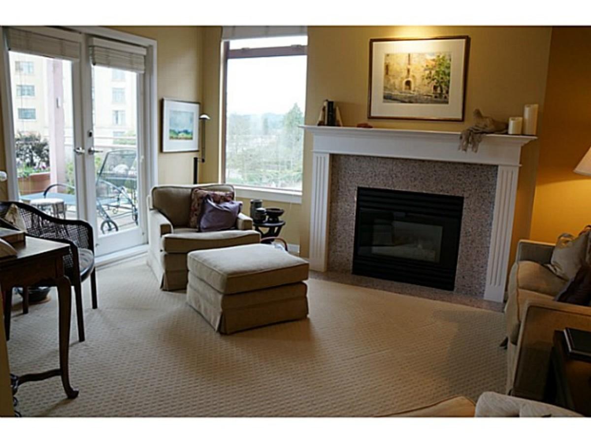 301 - 2271 Bellevue Avenue, Dundarave, West Vancouver