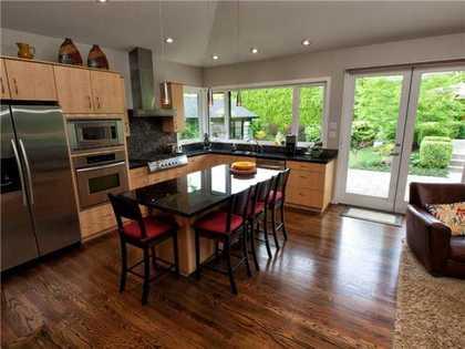 V977816_201_18 at 2309 Inglewood Avenue, Dundarave, West Vancouver