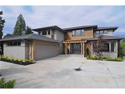 V918357_101_12 at 2790 Edgemont Bv Bv, Edgemont, North Vancouver
