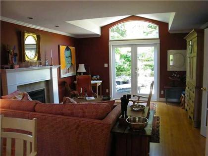 V837027_701_19 at 1274 Esquimalt Avenue, Ambleside, West Vancouver
