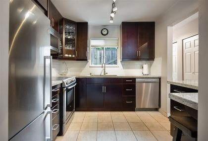 900-w-17th-street-hamilton-north-vancouver-10 at 47 - 900 W 17th Street, Hamilton, North Vancouver