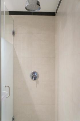 Awesome railhead glass shower stall! at 1606 - 2355 Madison Avenue, Brentwood Park, Burnaby North