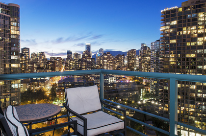 5180 at 2506 - 1067 Marinaside Crescent, Yaletown, Vancouver West
