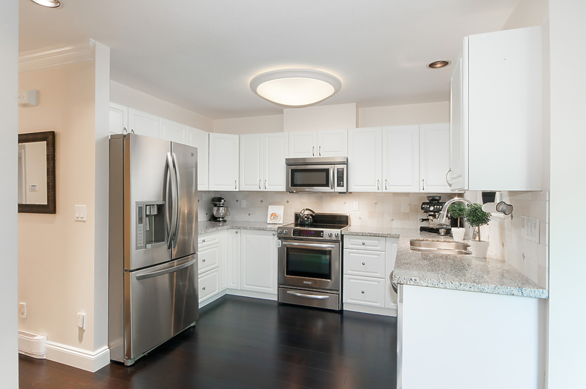 54356 at 6 - 258 W 14th Street, Maple Lane, Central Lonsdale, North Vancouver