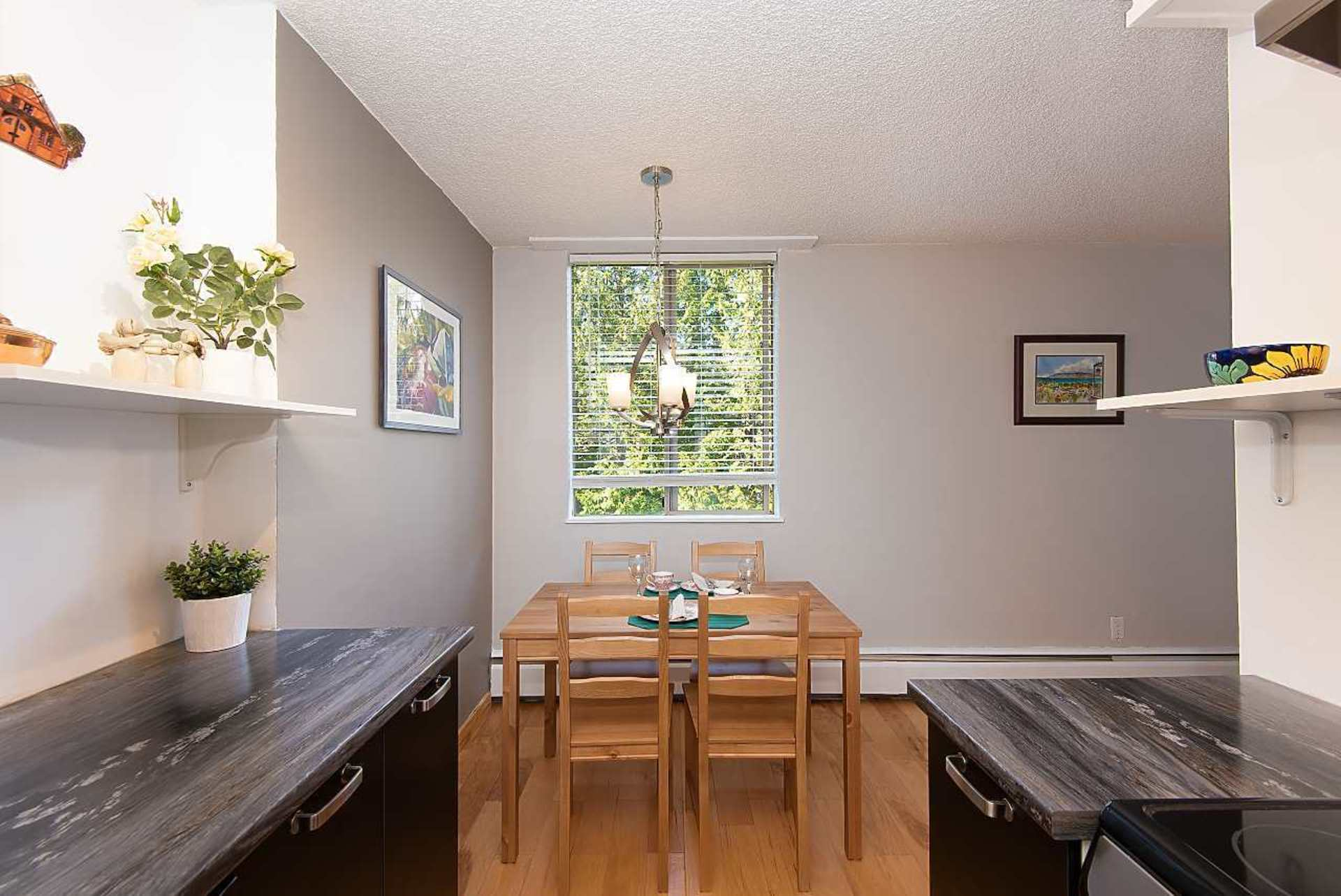 2016-fullerton-avenue-pemberton-nv-north-vancouver-04 at 604 - 2016 Fullerton Avenue, Pemberton NV, North Vancouver