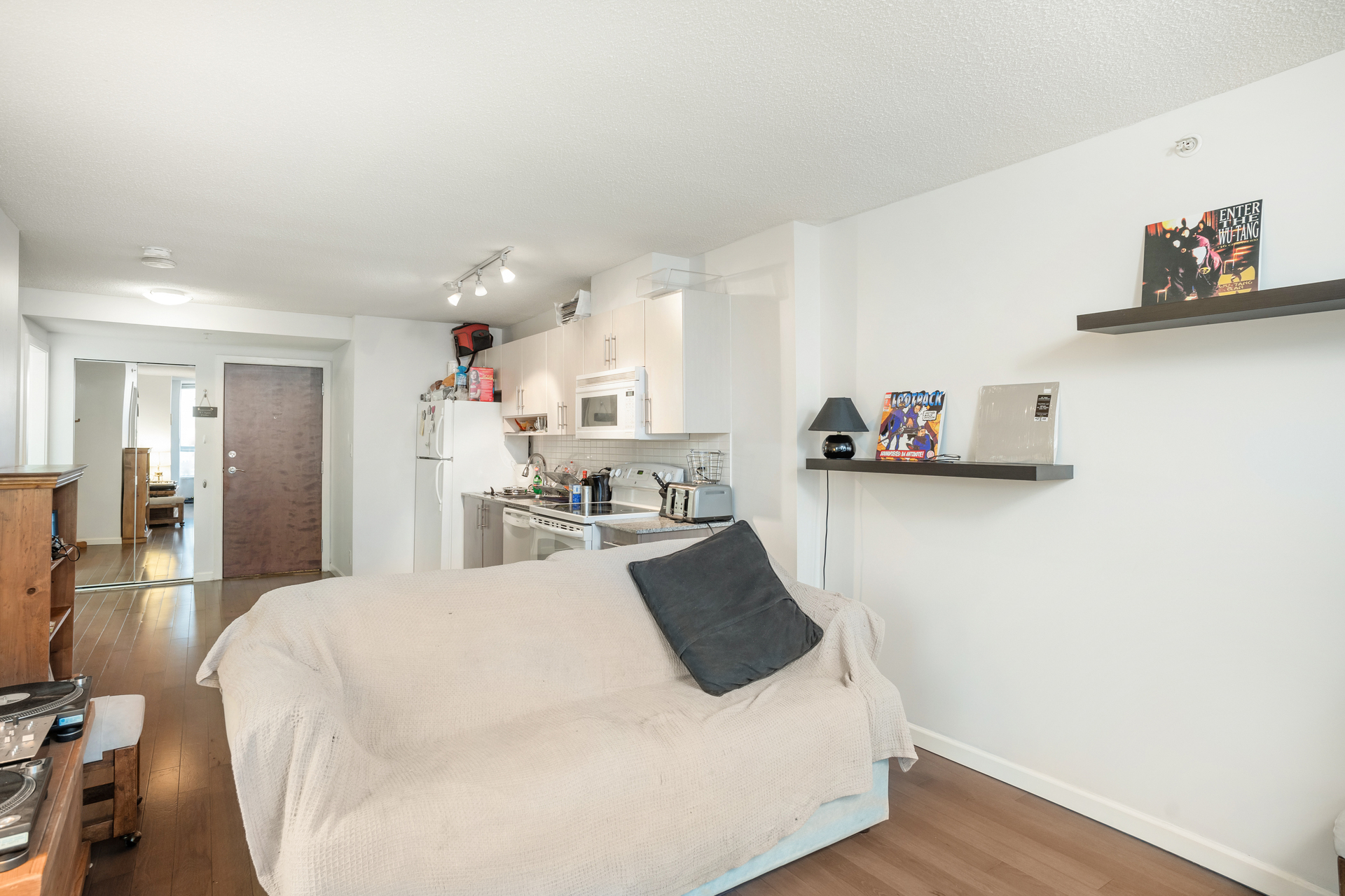08 at 1905 - 550 Taylor Street, Downtown VW, Vancouver West