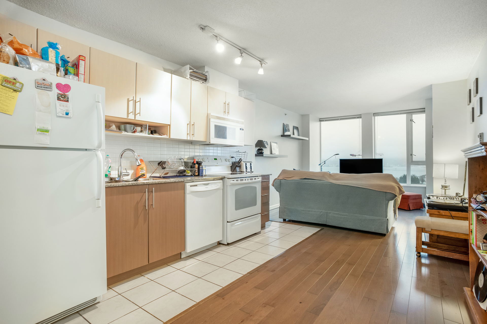 13 at 1905 - 550 Taylor Street, Downtown VW, Vancouver West