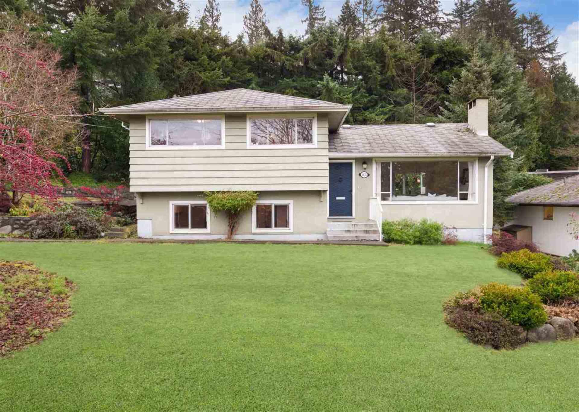 4676 Skyline Drive, Canyon Heights NV, North Vancouver