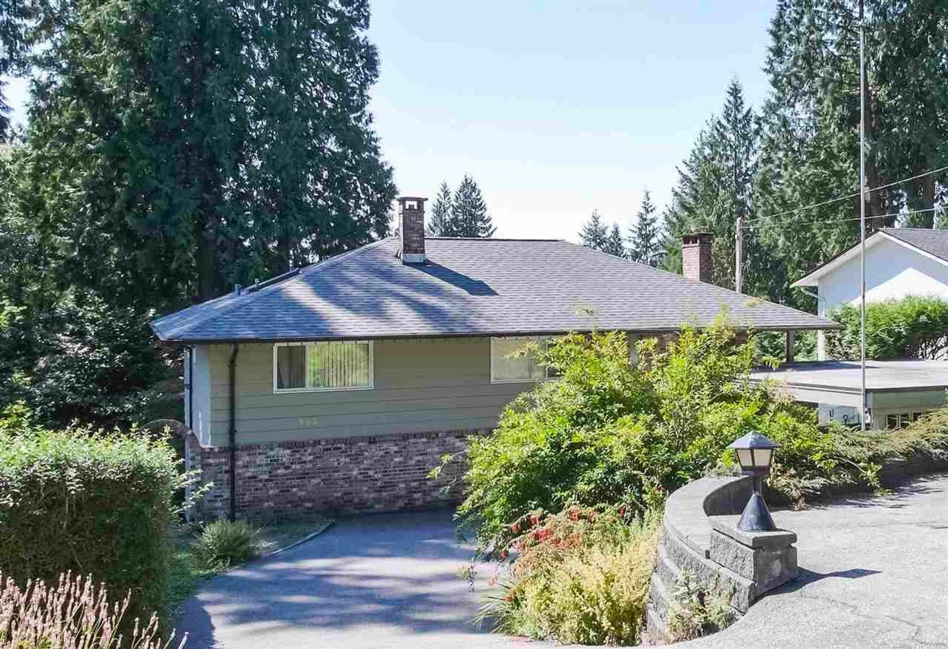 983 Wellington Drive, Lynn Valley, North Vancouver