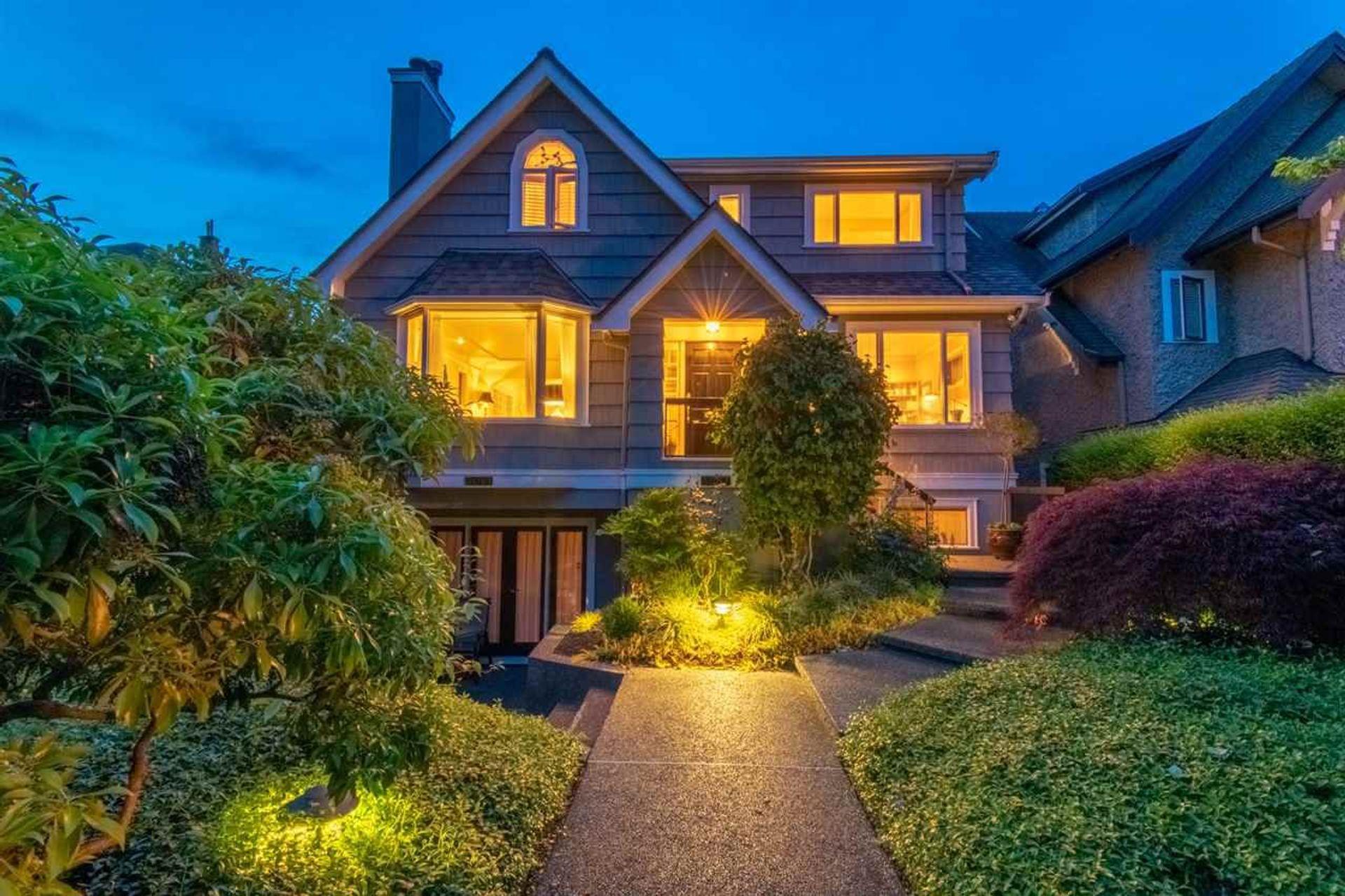 3057 W 2nd Avenue, Kitsilano, Vancouver West