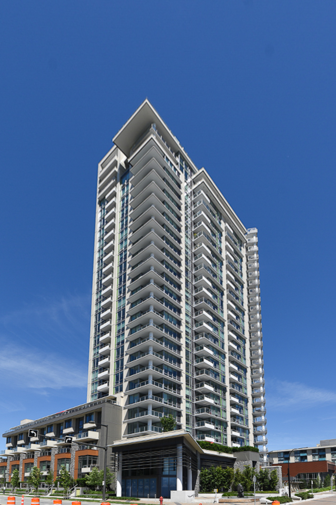 1-1-of-1 at 680 Seylynn Crescent, Lynnmour, North Vancouver