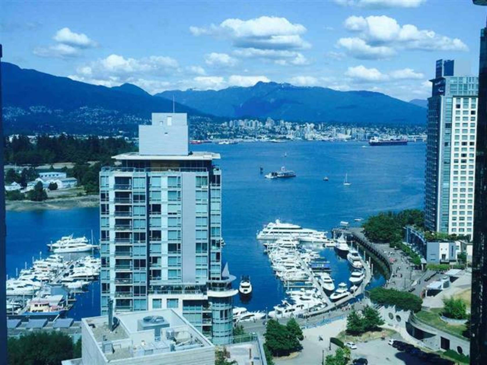 262209489 at 1704 - 1415 W Georgia Street, Coal Harbour, Vancouver West