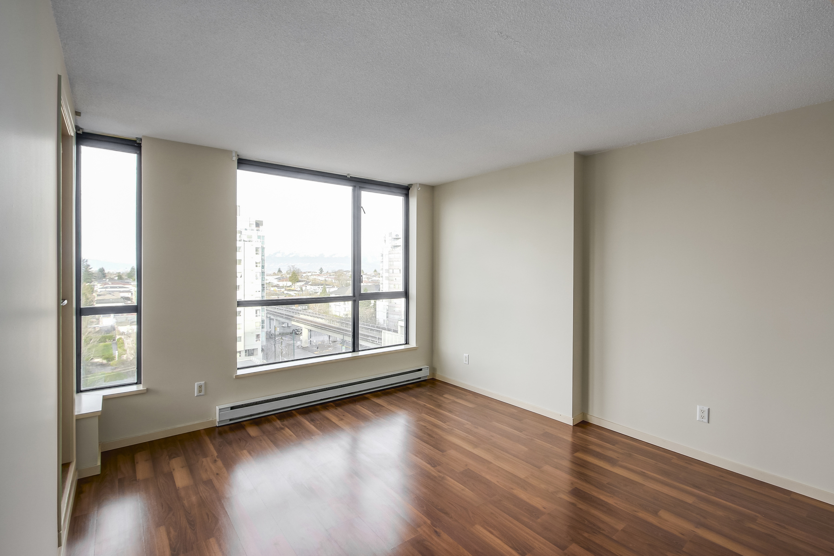 5 at 902 - 3438 Vanness Avenue, Collingwood VE, Vancouver East