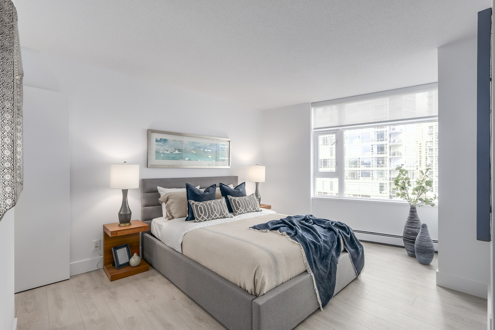 12 at 803 - 1199 Marinaside Crescent, Yaletown, Vancouver West