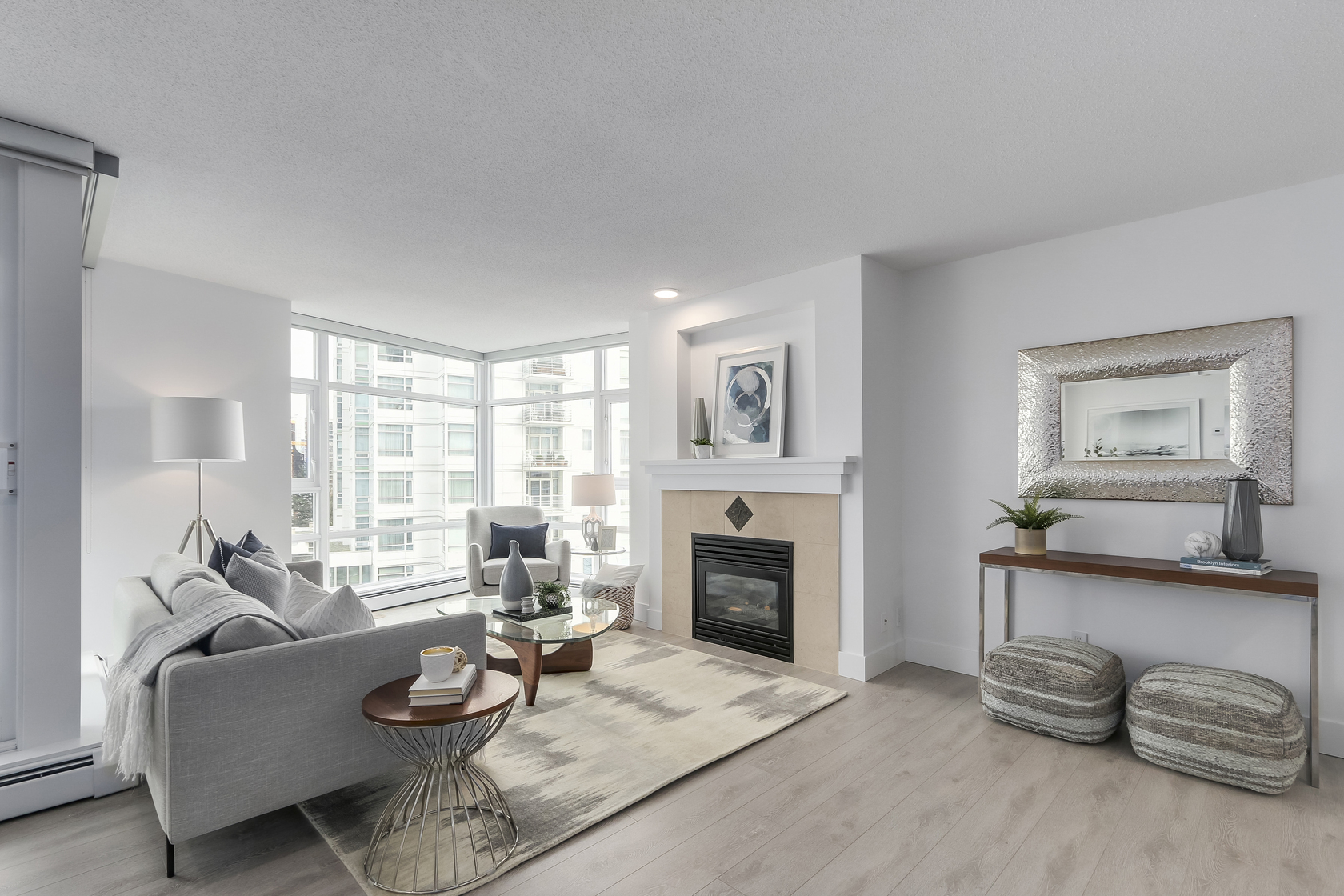 6 at 803 - 1199 Marinaside Crescent, Yaletown, Vancouver West