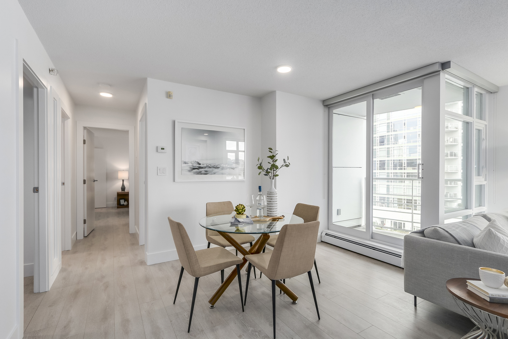9 at 803 - 1199 Marinaside Crescent, Yaletown, Vancouver West