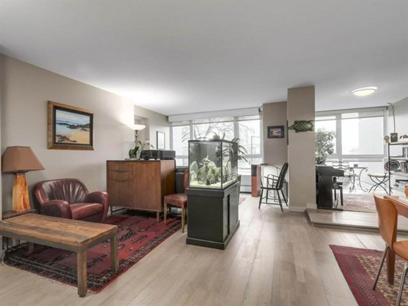 262252492-1 at 202 - 1388 Homer Street, Yaletown, Vancouver West