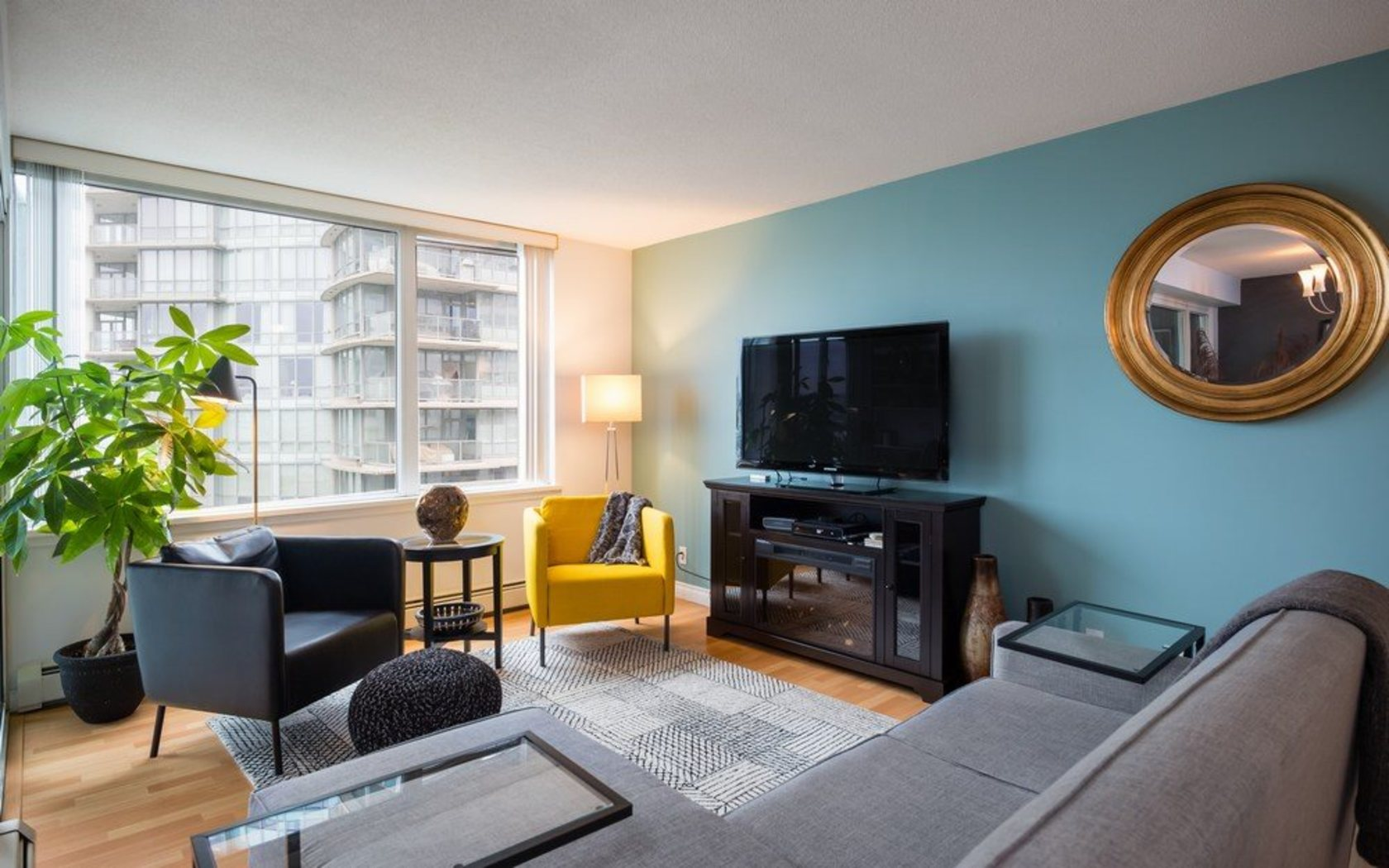 262258306-2 at 705 - 1288 Marinaside, Yaletown, Vancouver West