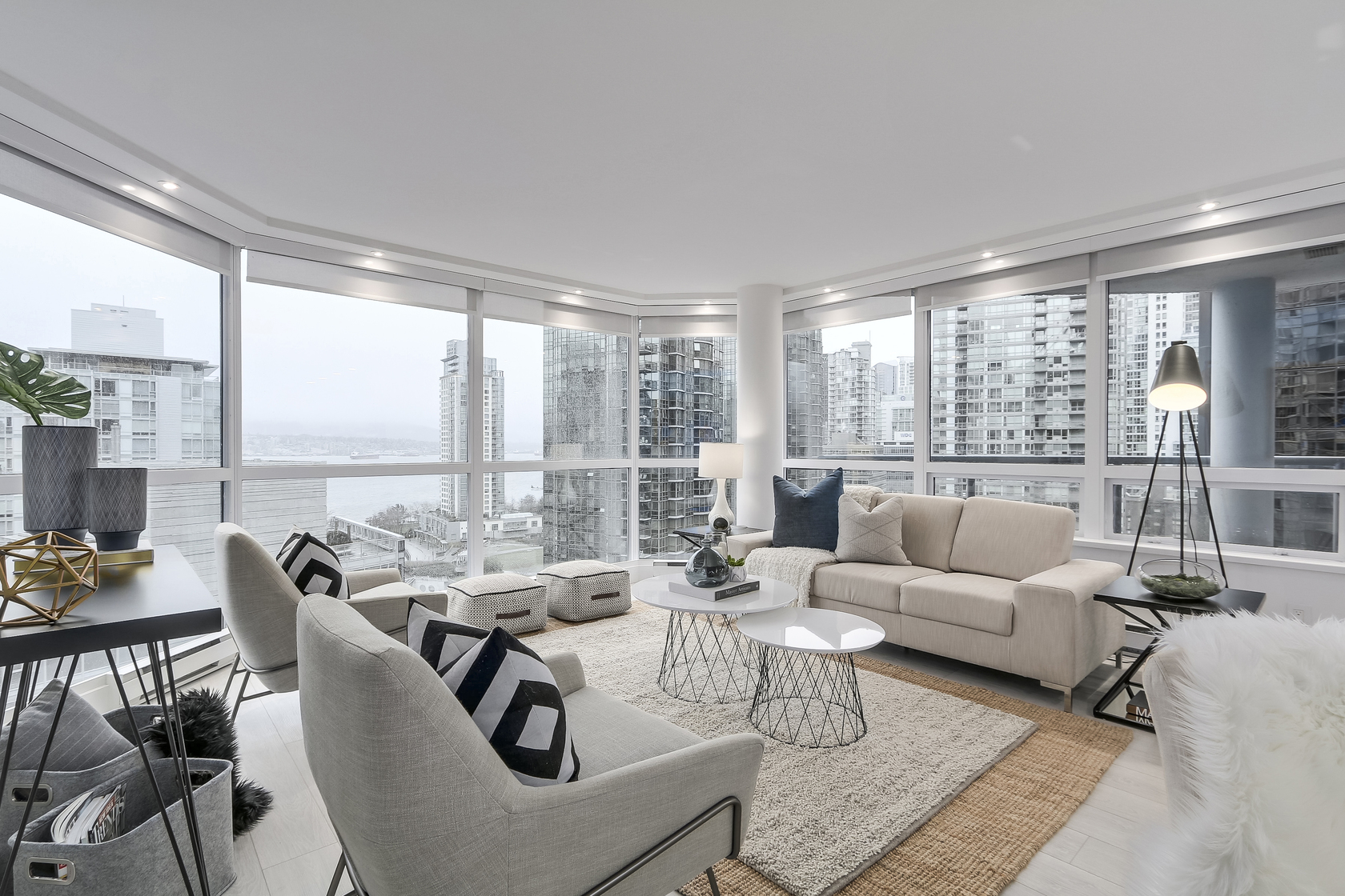 4 at 1003 - 1415 W Georgia Street, Coal Harbour, Vancouver West
