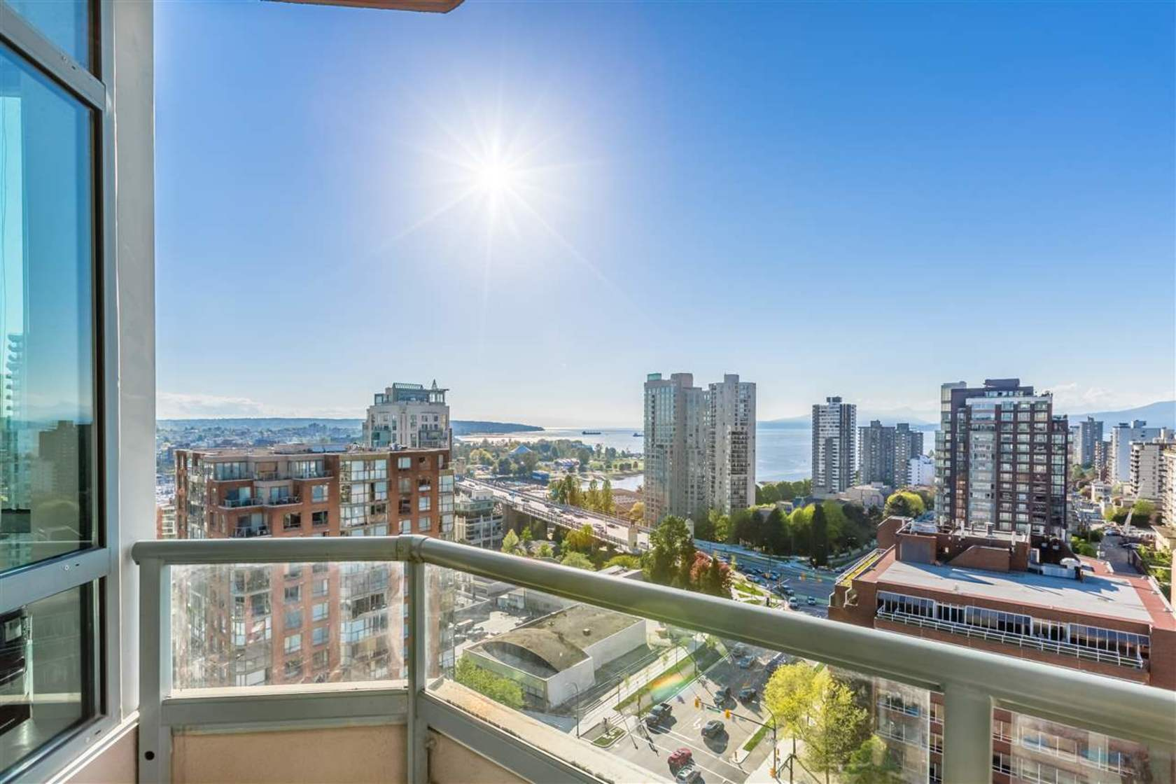 1805-2 at 1805 - 1383 Howe, Downtown VW, Vancouver West