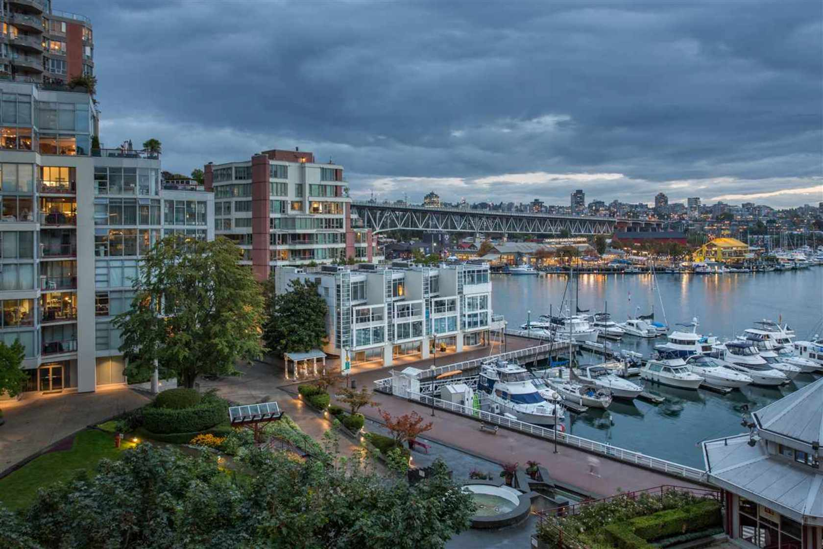 beach3 at 506 - 1008 Beach Avenue, Yaletown, Vancouver West