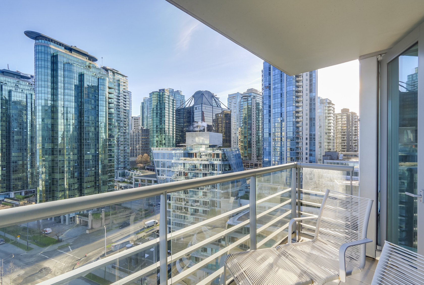 13 at 1403 - 590 Nicola Street, Coal Harbour Waterfront (Coal Harbour), Vancouver West