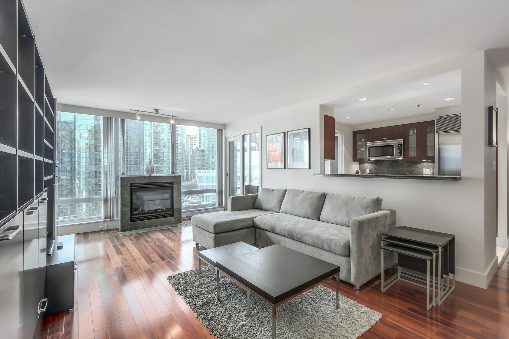4 at 1403 - 590 Nicola Street, Coal Harbour Waterfront (Coal Harbour), Vancouver West