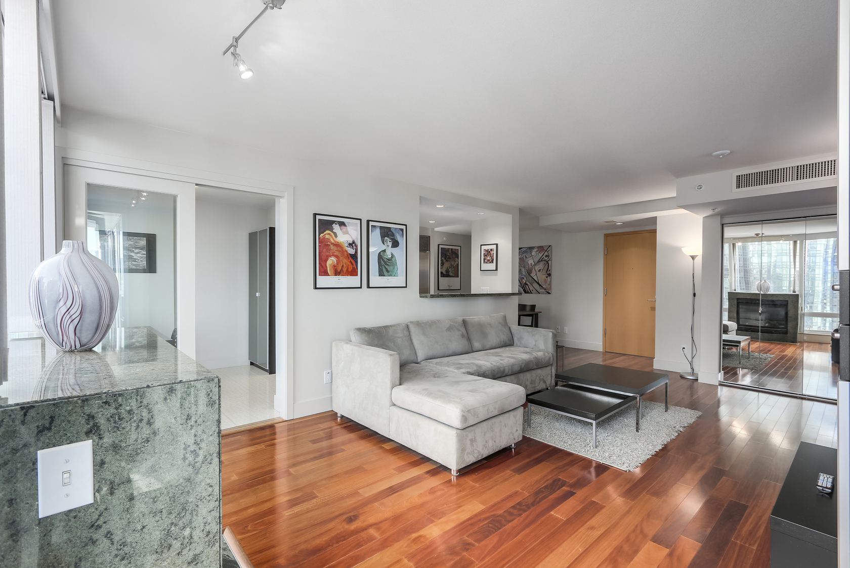5 at 1403 - 590 Nicola Street, Coal Harbour Waterfront (Coal Harbour), Vancouver West