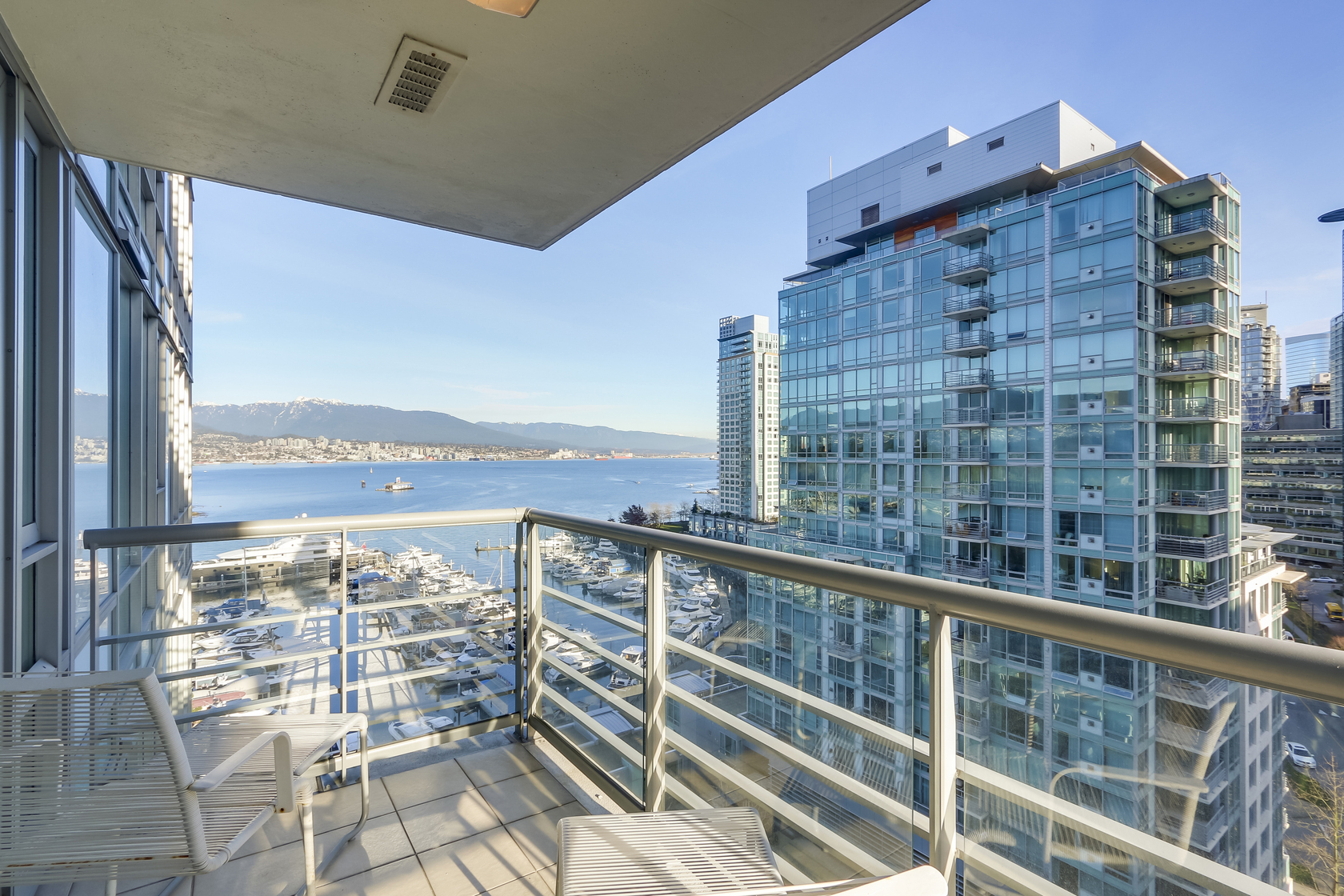 7 at 1403 - 590 Nicola Street, Coal Harbour Waterfront (Coal Harbour), Vancouver West