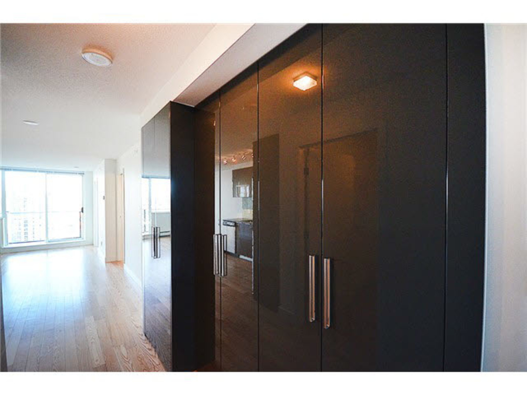 2305 - 1325 Rolston Street, Downtown VW, Vancouver West