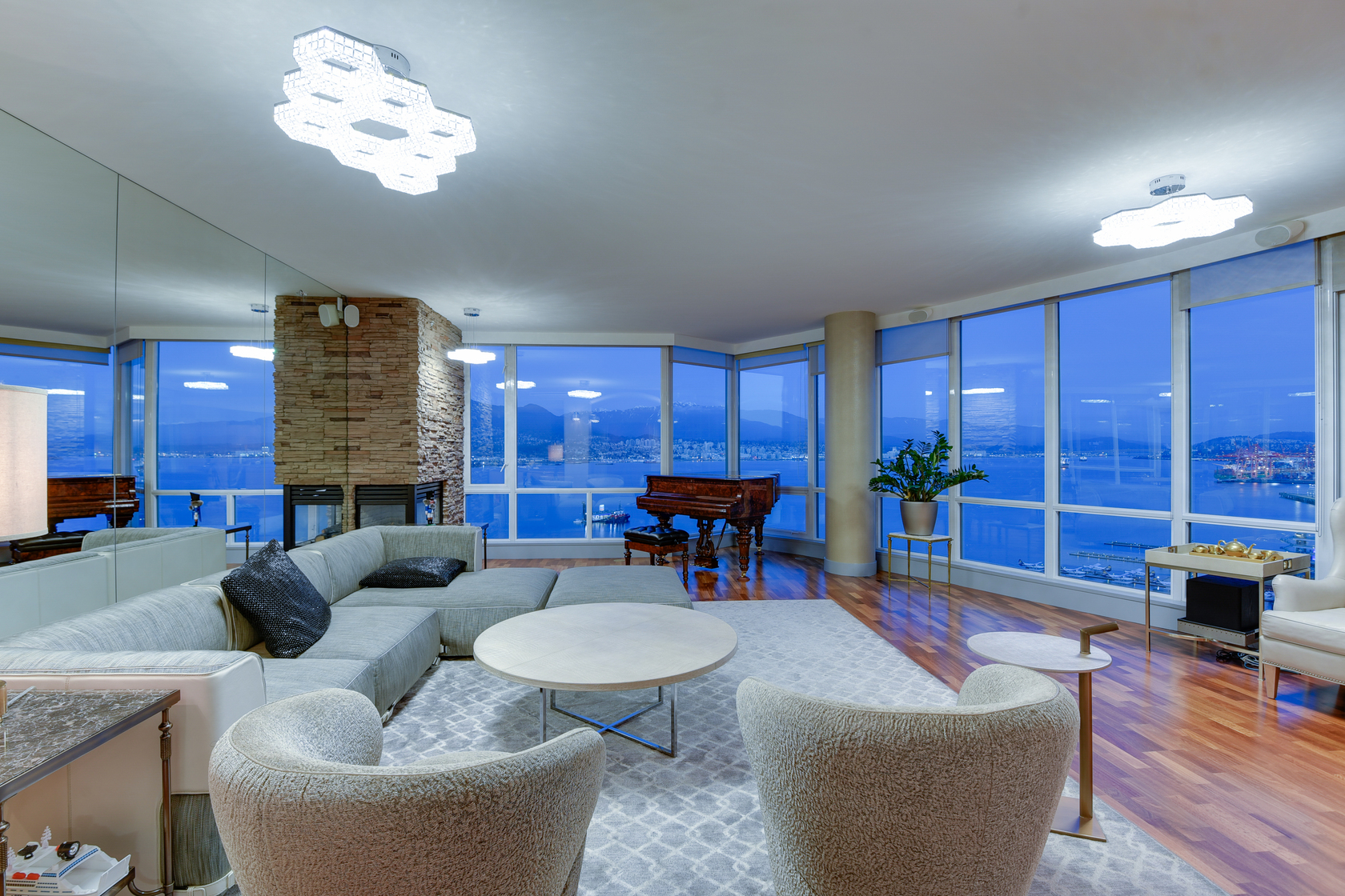 4 at 2102 - 323 Jervis Street, Coal Harbour, Vancouver West