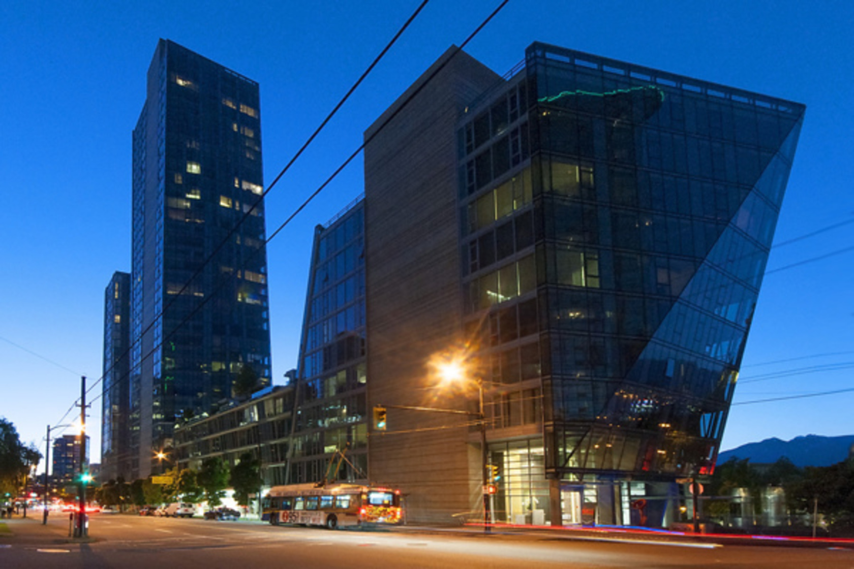 002 at 301 - 1477 W Pender Street, Coal Harbour, Vancouver West