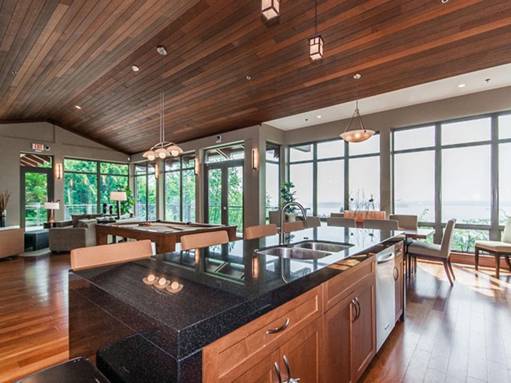 502 - 3355 Cypress Place, Cypress Park Estates, West Vancouver