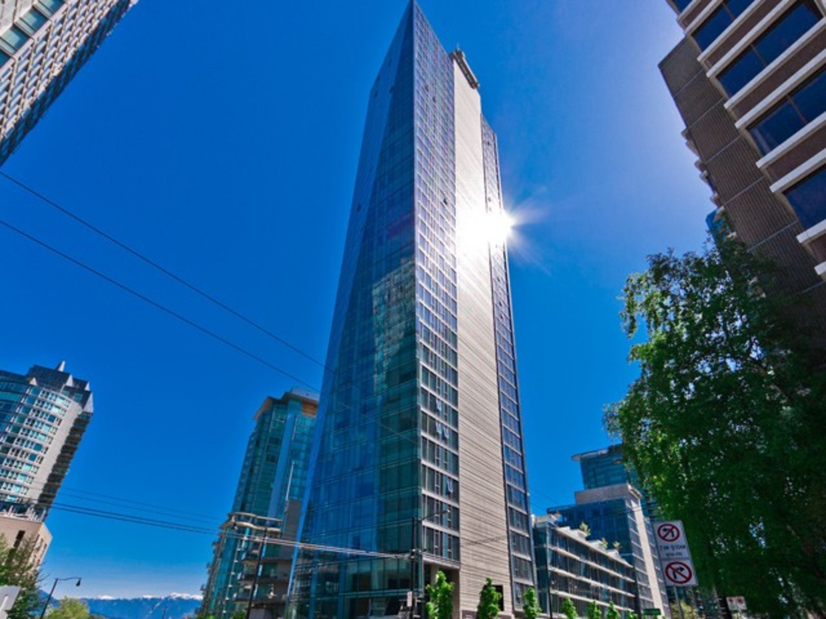 402 - 1499 Pender Street, Coal Harbour, Vancouver West