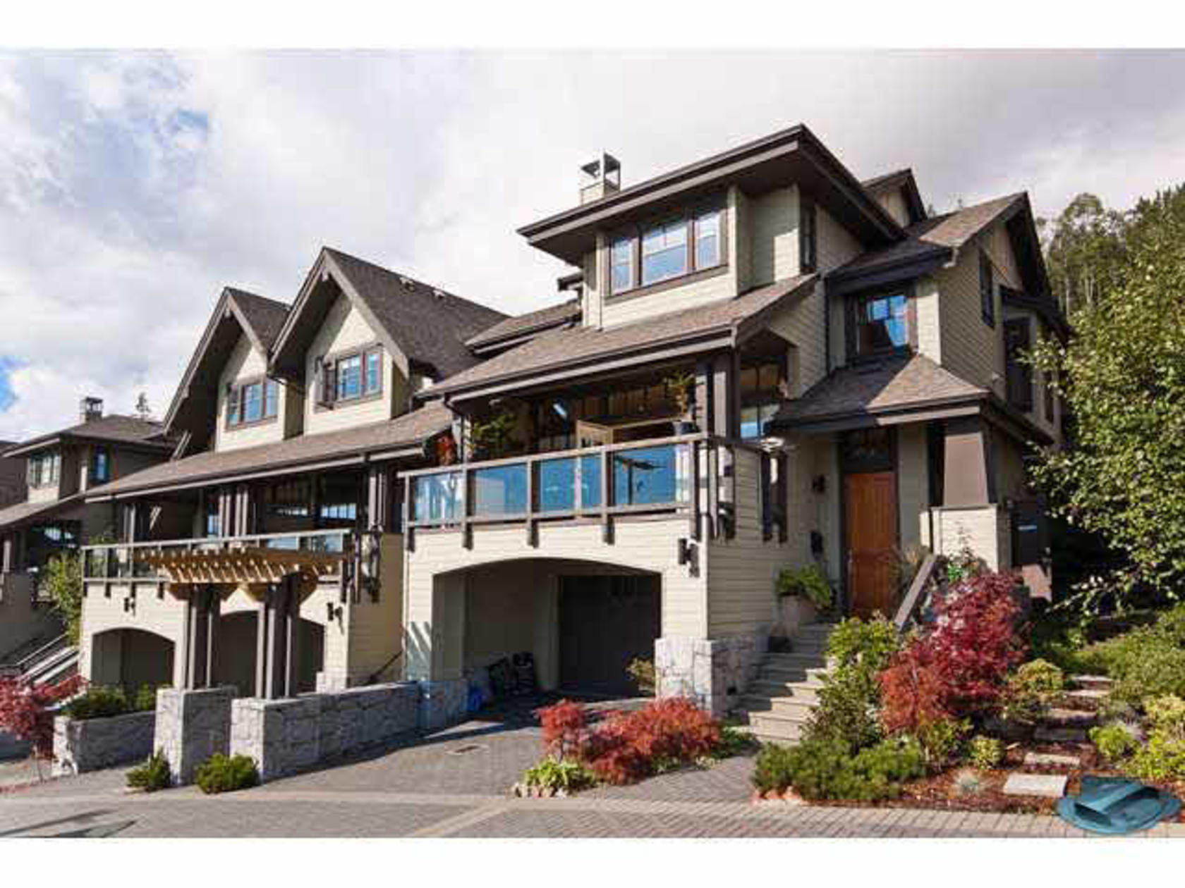 10 - 2555 Skilift Road, Chelsea Park, West Vancouver
