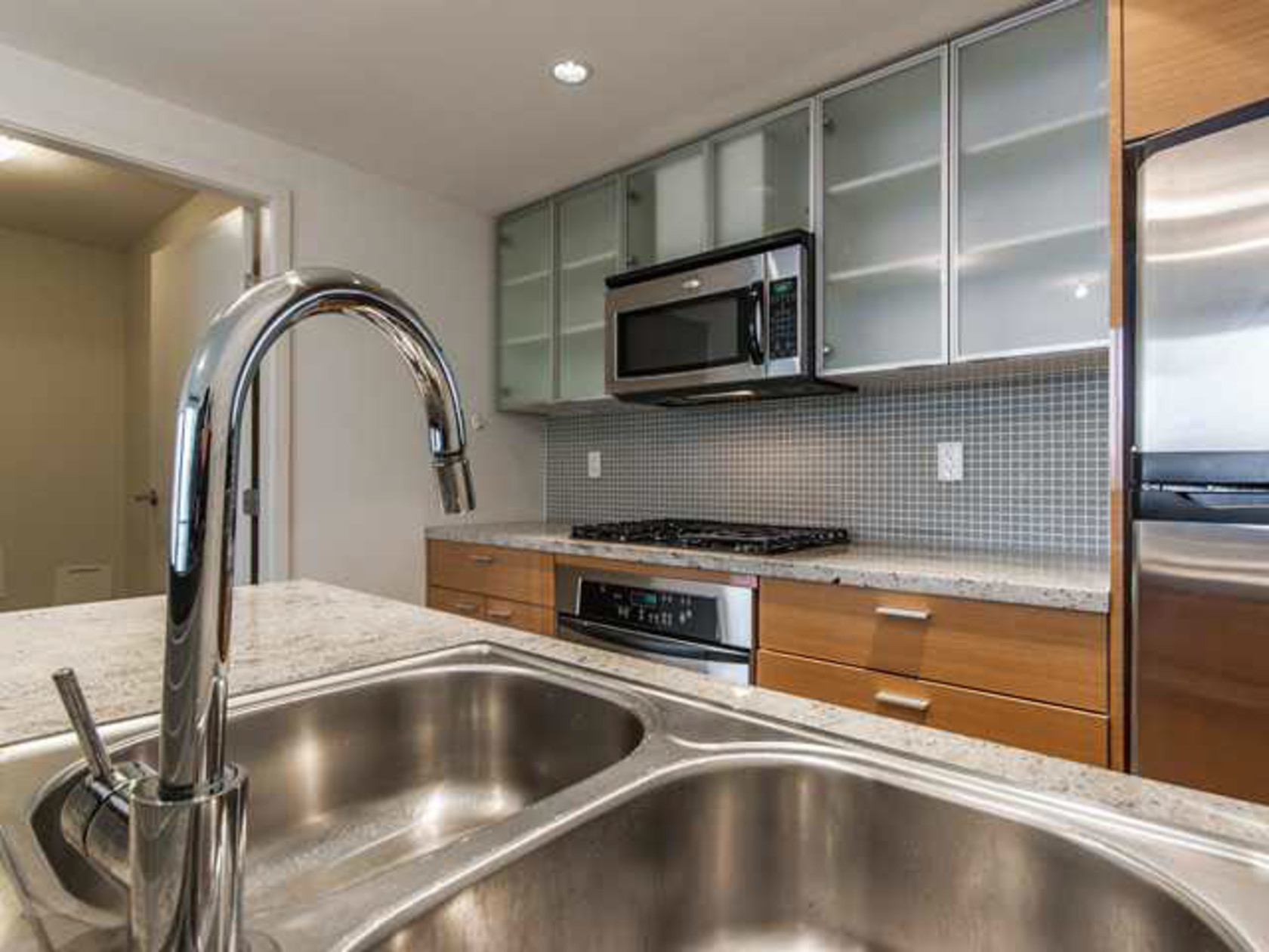 1505 - 33 Smithe Street, Yaletown, Vancouver West