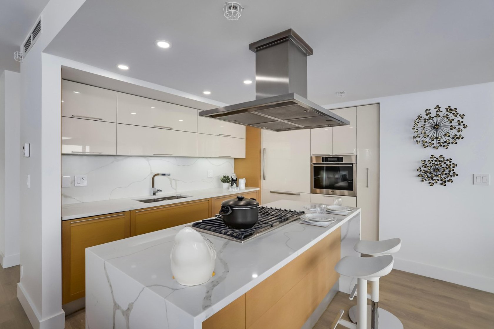 10 at 2603 - 8 Smithe Mews, Cooperage Park (Yaletown), Vancouver West