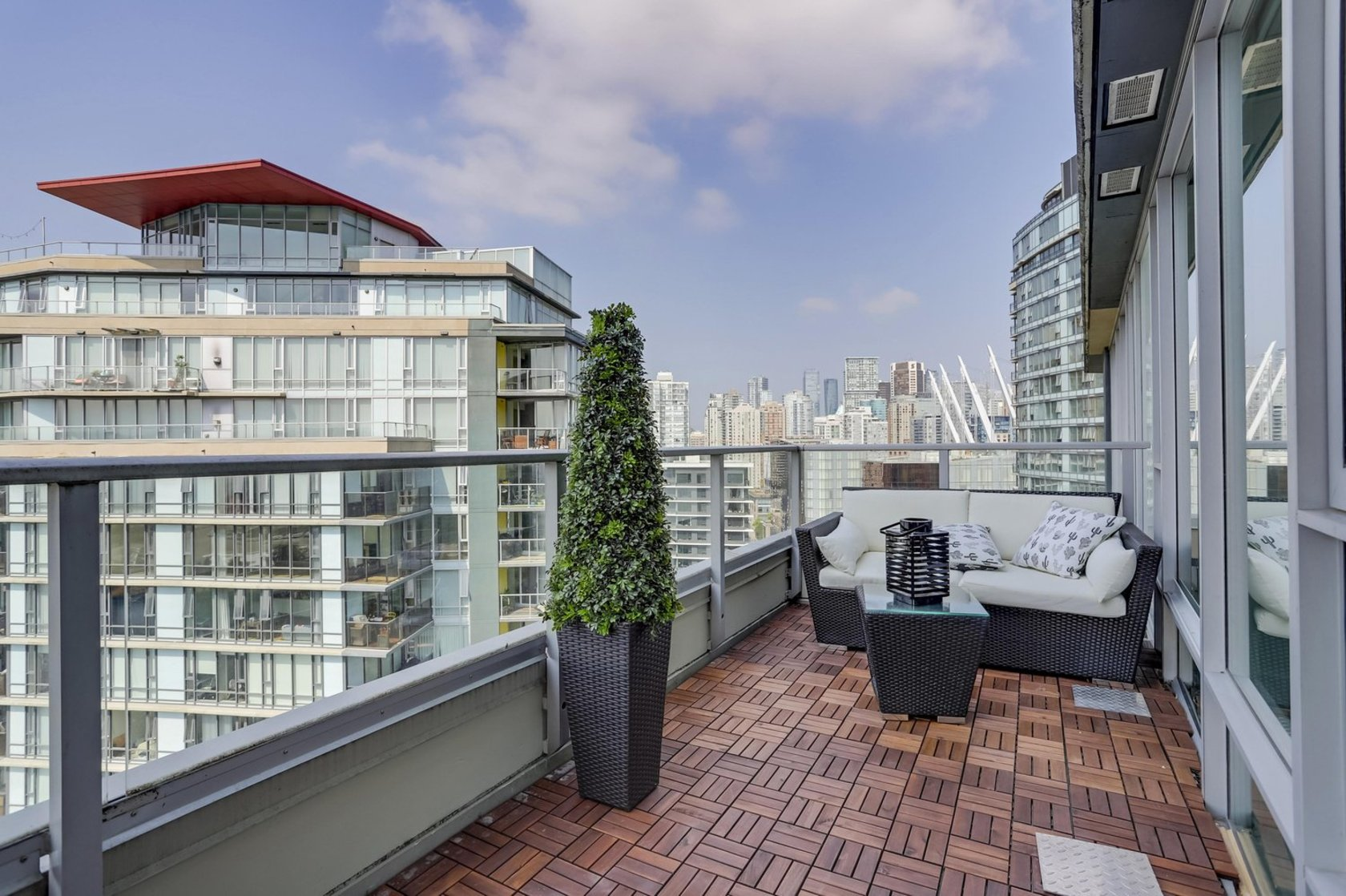 14 at 2603 - 8 Smithe Mews, Cooperage Park (Yaletown), Vancouver West