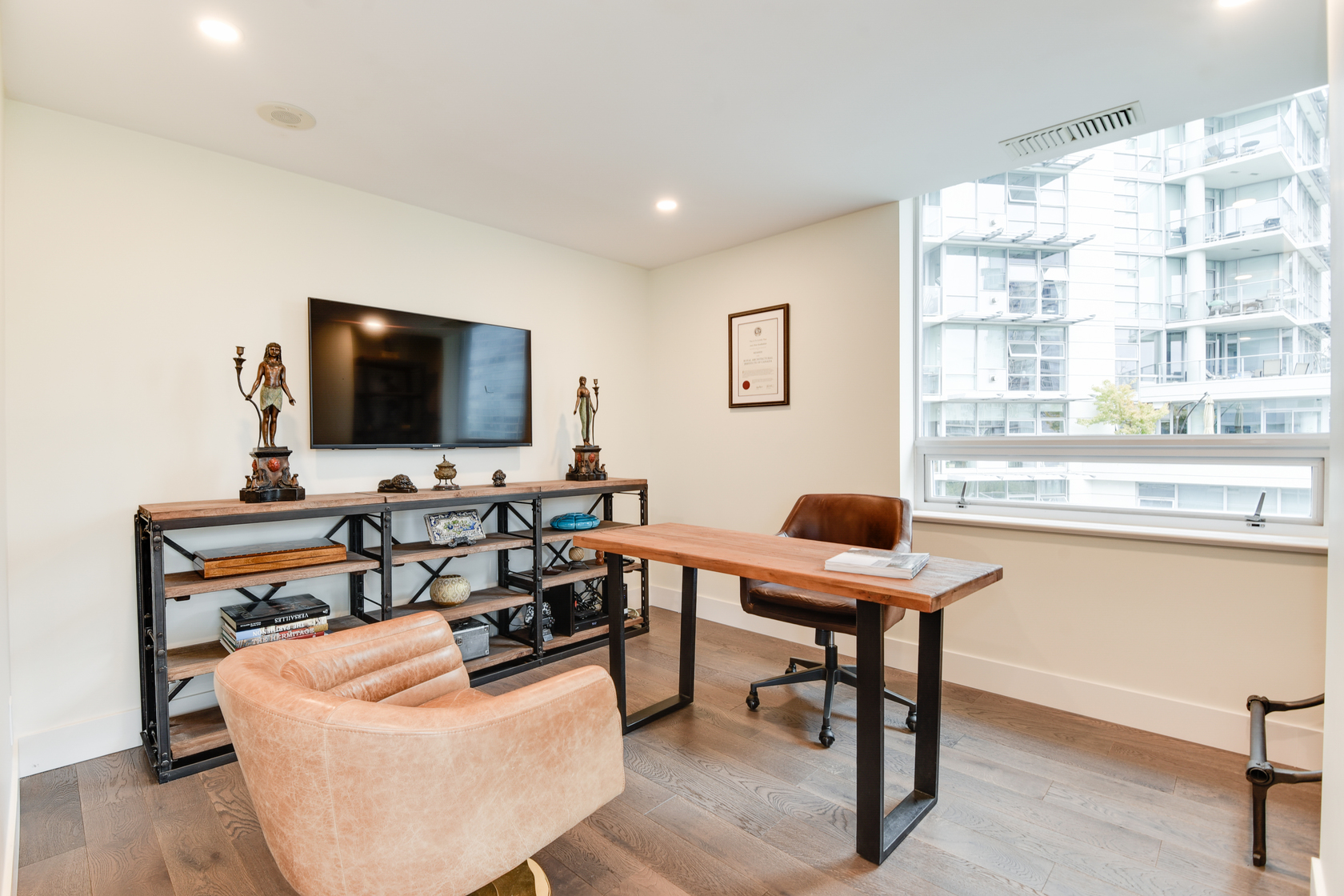 1-3-of-5 at 807 - 633 Kinghorne Mews, Beach Crescent (Yaletown), Vancouver West