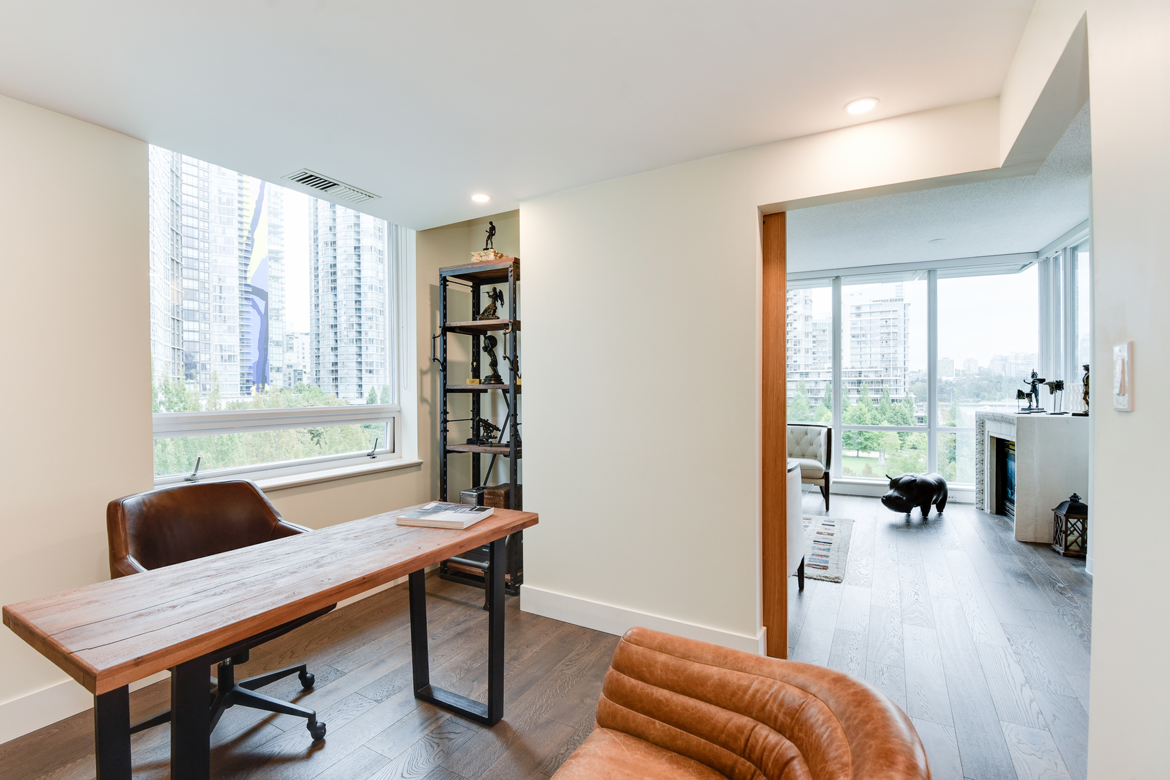 1-4-of-5 at 807 - 633 Kinghorne Mews, Beach Crescent (Yaletown), Vancouver West